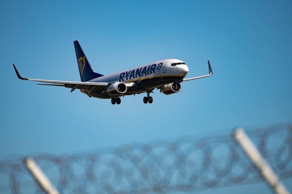 Ryanair Landing