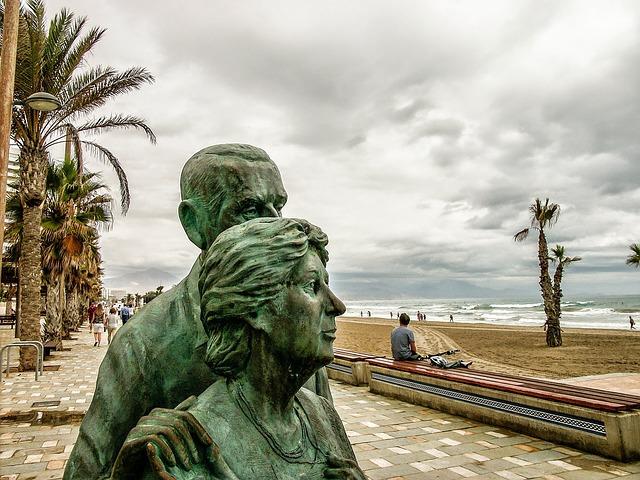 Alicante Statues