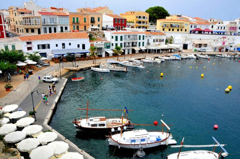Find Out The Best Place to Stay in Menorca